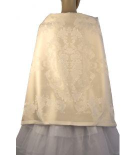 Pañolón crudo-blanco de seda y bordados